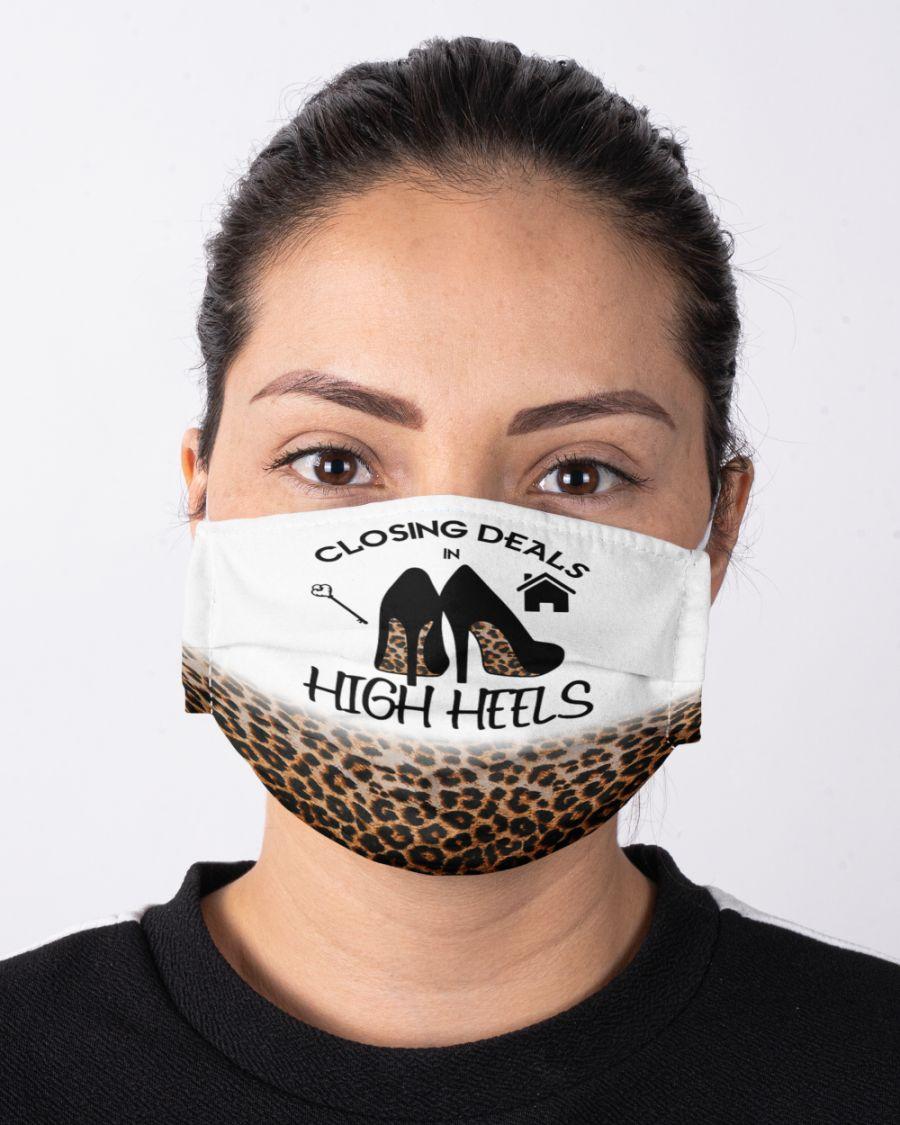 Closing deals high heels face mask 2